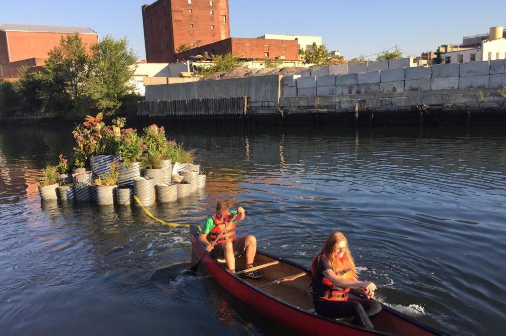 GROW ON US, Paesaggio galleggiante nel canale Gowanus
